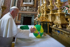 Pope-Francis-2102572