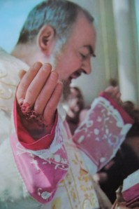 """Two closeups from a mid-60s Mass. These views showing dried and caked blood are commonly used to claim the stigmata are """"chemical burns"""""""