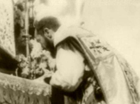 San-Pio-da-Pietrelcina-03