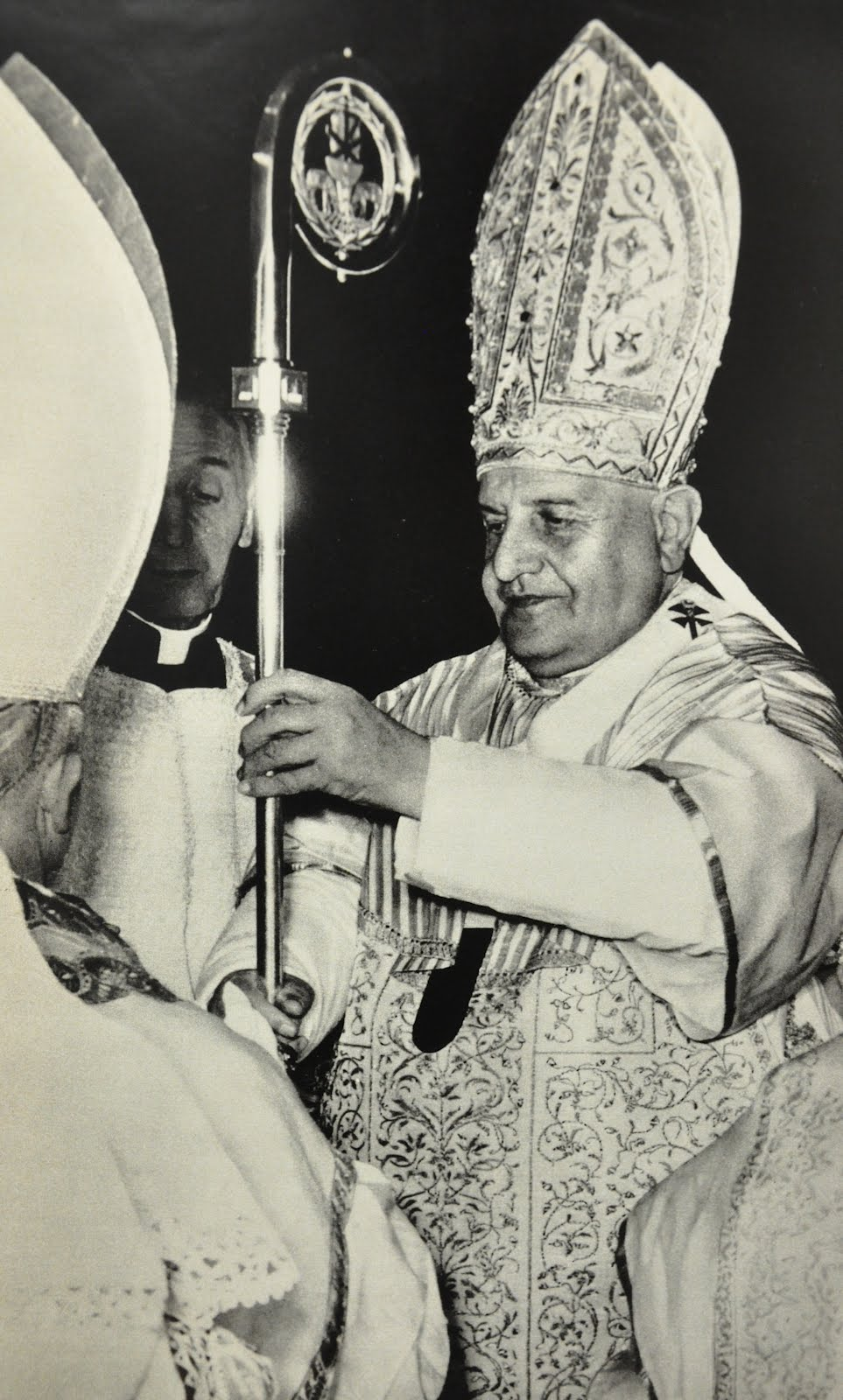 pope john xxiii contribution Saint john xxiii: saint john xxiii, one of the most popular popes of all time (reigned 1958–63), who inaugurated a new era in the history of the roman catholic church by his openness to.