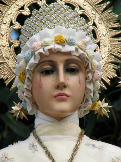Our_Lady_of_La_Salette_statue