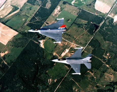 F-16_and_F-16XL_aerial_top_down_view