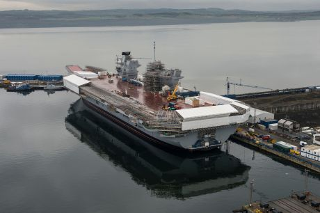 HMS_Queen_Elizabeth_Under_Construction_MOD_45158465