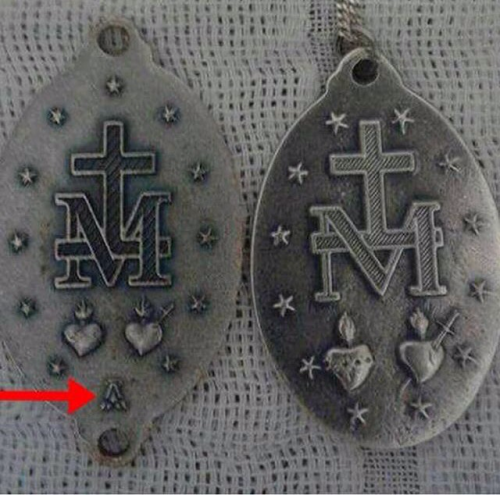 Quick service message: watch out for fake MASONIC Miraculous Medals